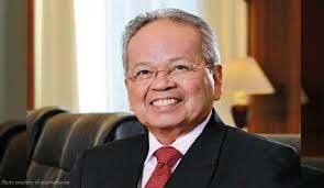 CJ Artemio Panganiban, Philippine Daily Inquirer